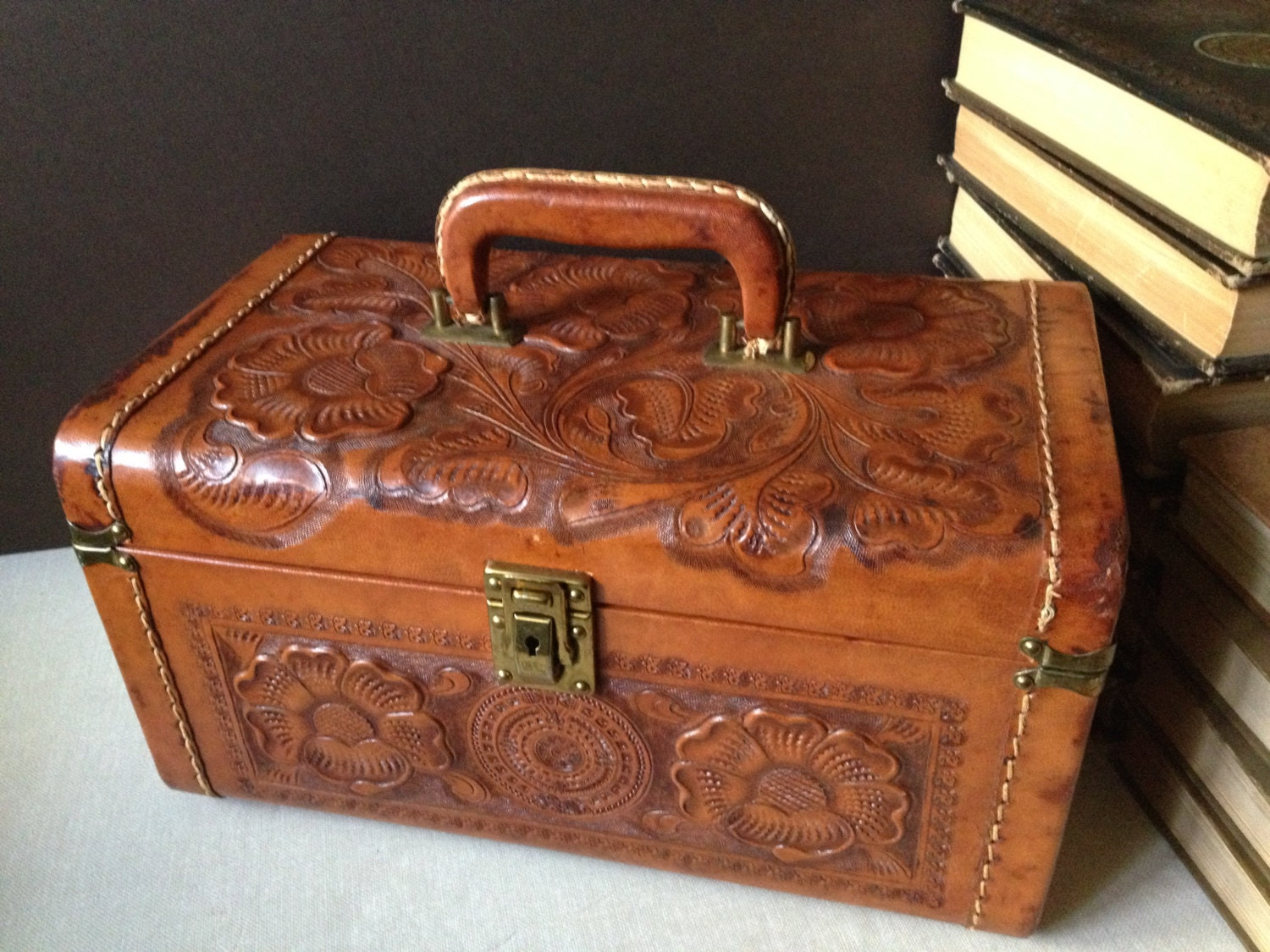 vtg england      cheney      tooled leather train by jansvintagestuff
