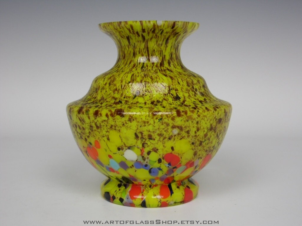 Art Deco 1930s Bohemian yellow spatter vintage glass vase
