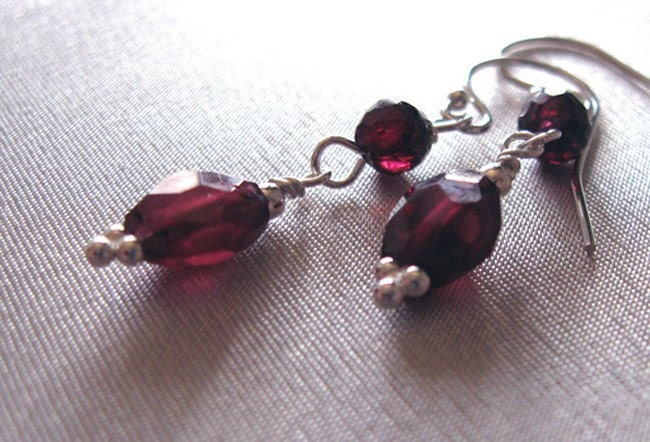Rhodolite Garnet Gemstone and Sterling by sendinglovegallery