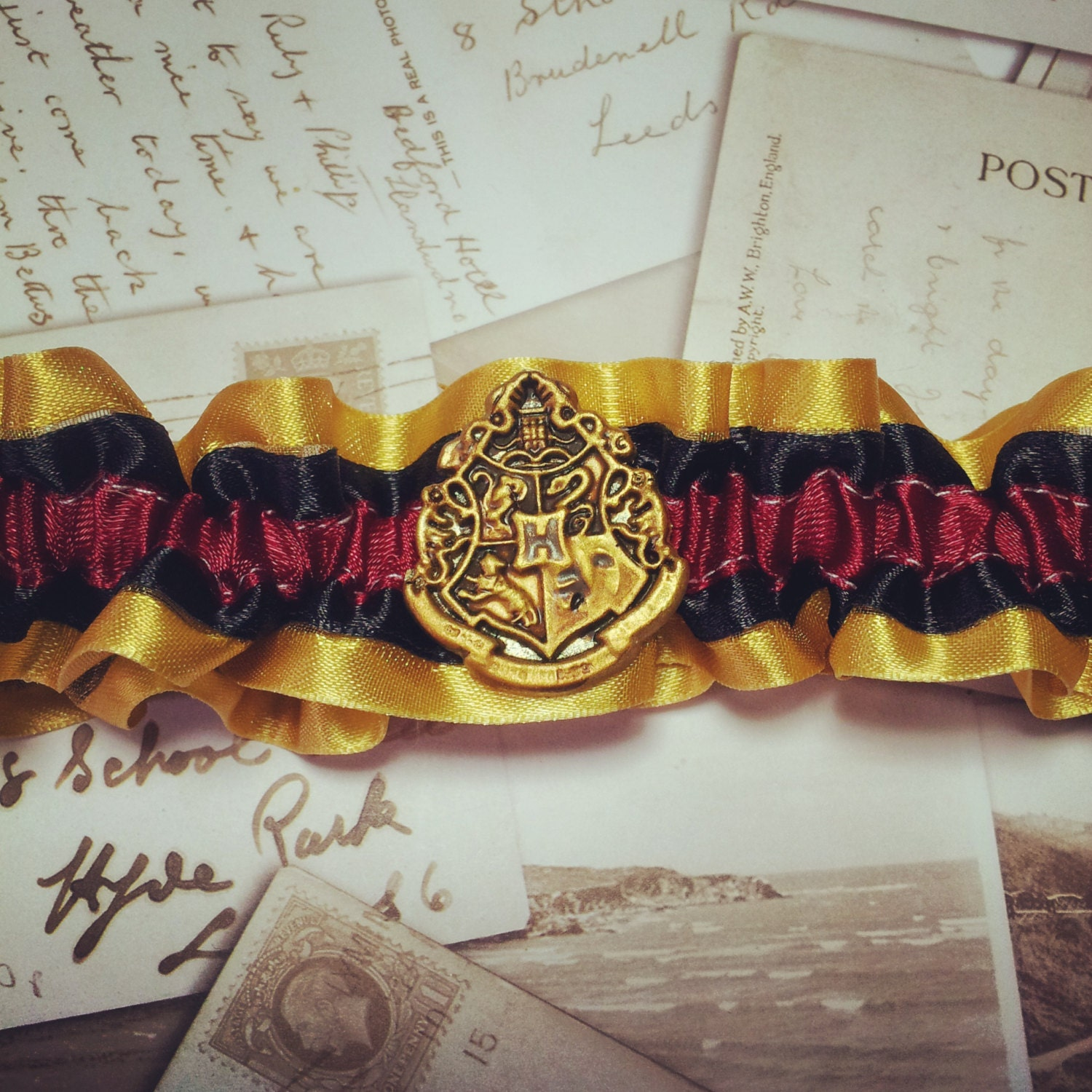 Harry Potter Garter  Harry Potter Wedding Harry Potter garter set Hogwarts Gryffindor Slytherin Ravenclaw Hufflepuff wedding garter