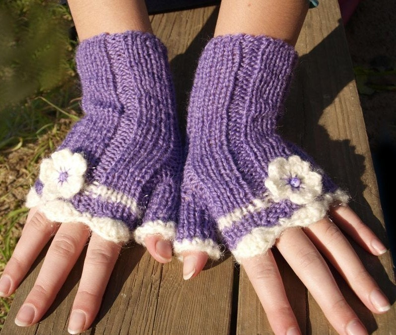 Fingerless gloves, mittens, purple and white - REGULAR SIZE- hand braids knitted , with flowers - For every purchase a surprise