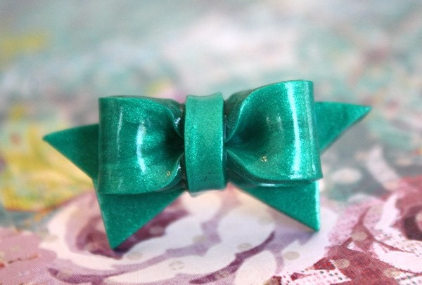 Adorable Turquoise Bow Ring