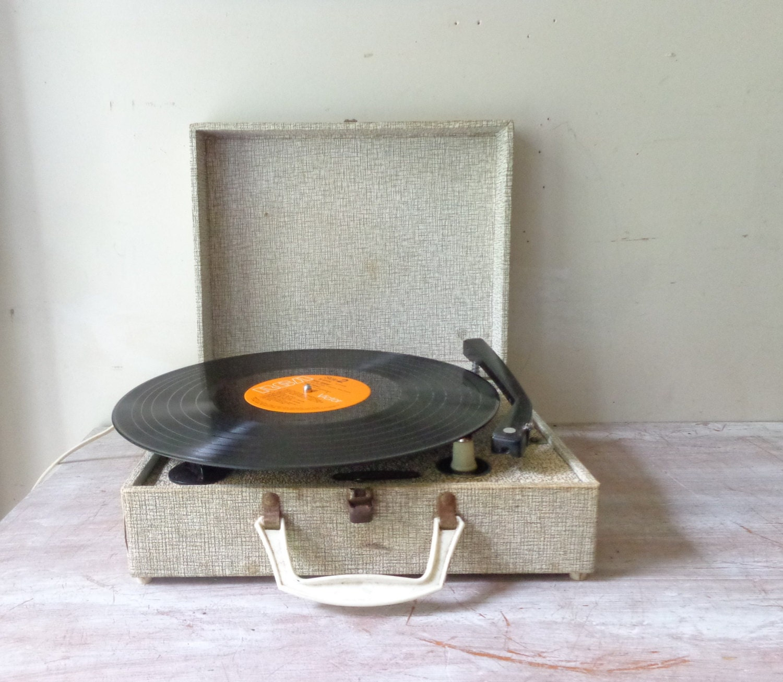 SALE.....Vintage Portable Record Player - Kingsley - thefoxandthespoon