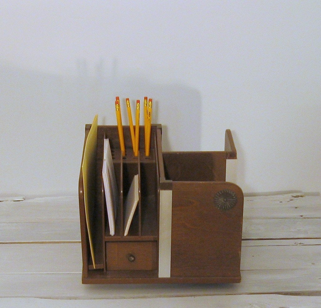 Wooden lazy susan desk organizer by djandpvintage on etsy - Wood desk organizer ...