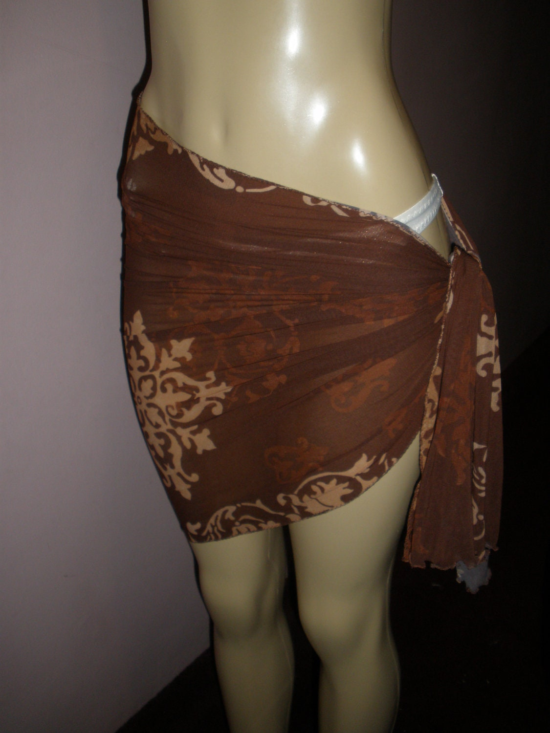 Gorgeous and Attractive Damask Print Long Sheer Wrap Style Swim Suit Cover Up Size Small/Med ( Can Be Worn Multiple Ways)