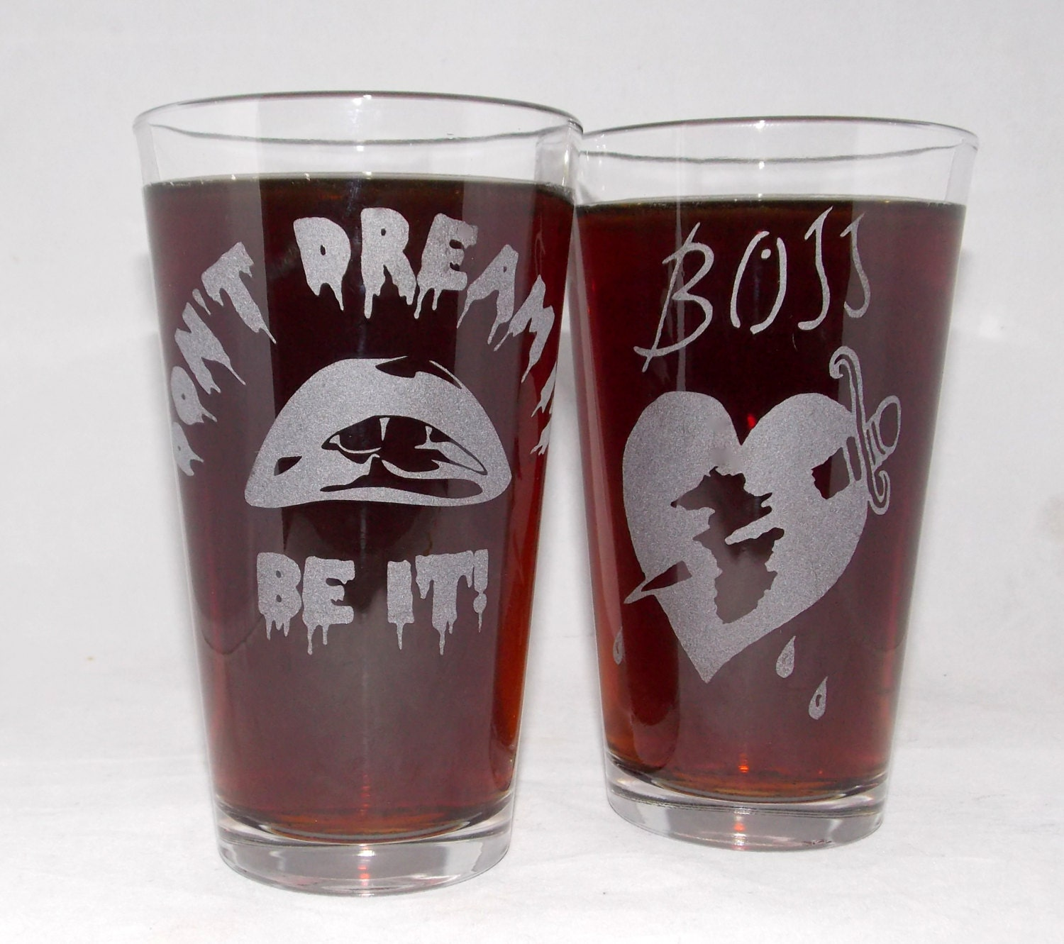 Rocky Horror Picture Show Etched Pint Glass Set - CyberGlassware