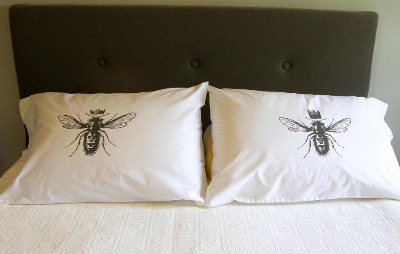 Queen bee wedding