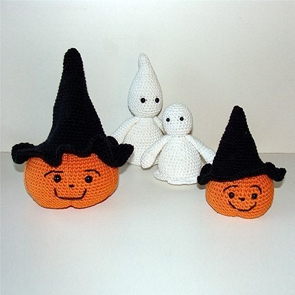 PDF Crochet Pattern - Halloween Pumpkins and Ghosts