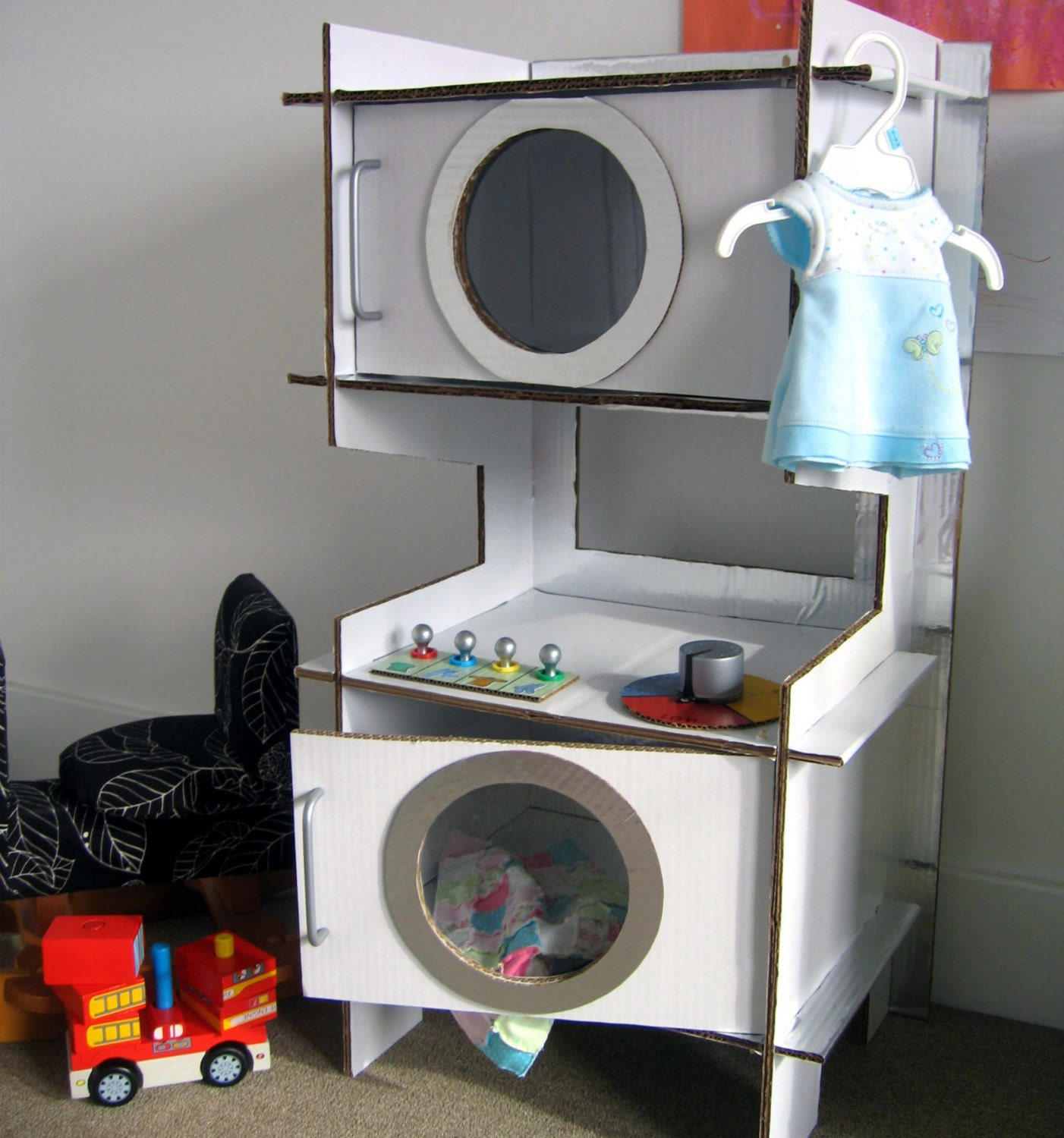 Build a Cardboard Play Washer and Dryer