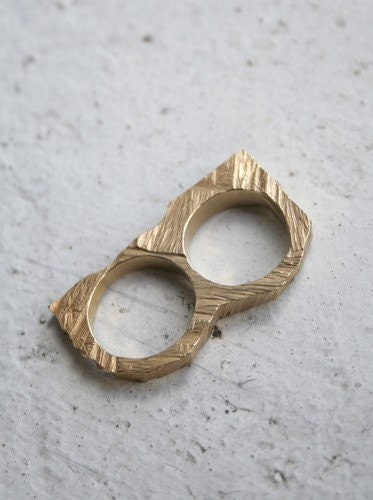 33 1/3 Knuckle ring