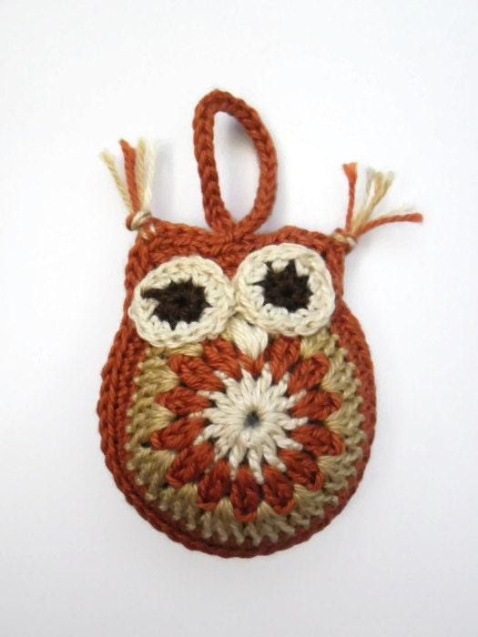 Owl Keychain - Crochet Plush - Brown Beige Ecru Handmade Mascot - elcrochet