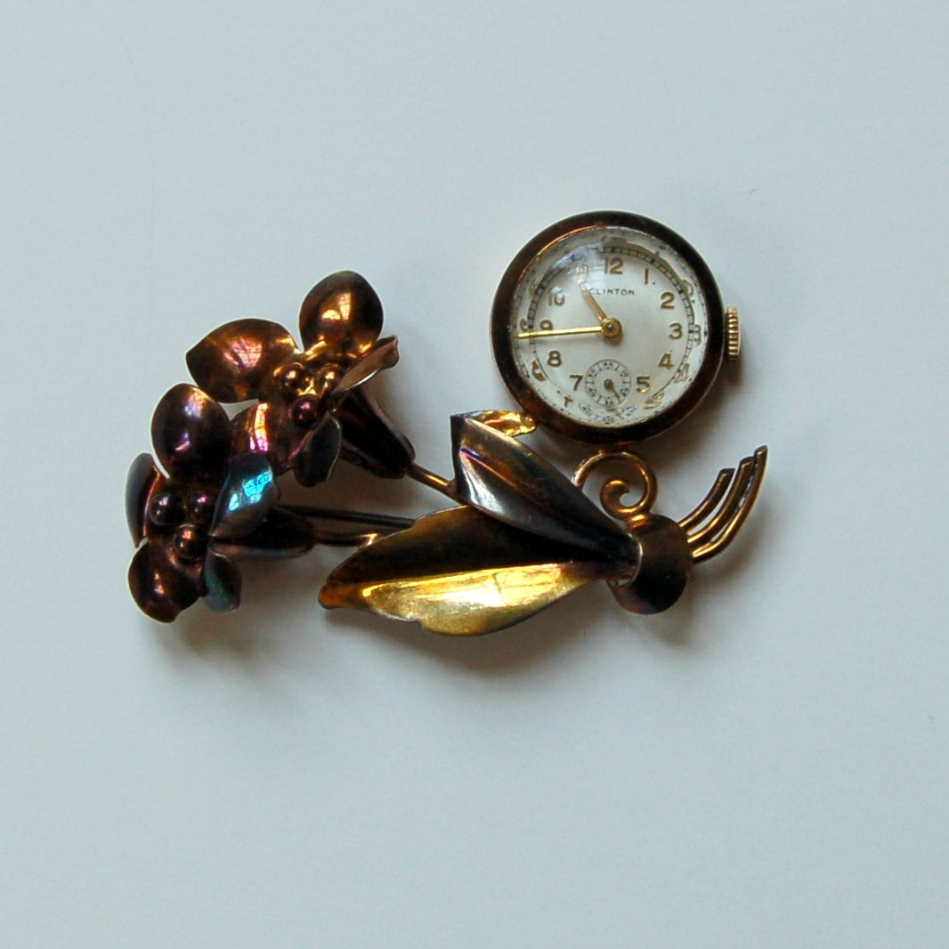 Vintage Watch Brooch Carl Schraysshuen Designer Carl Art Working Clinton Lapel Watch - GrandmasTopDrawer