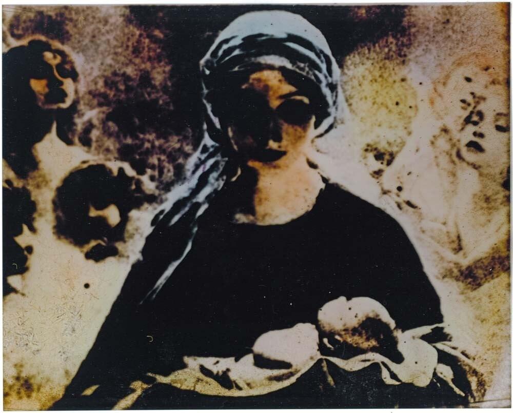 Madonna with infant Jesus - Boolady
