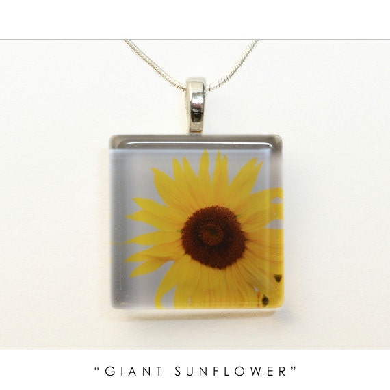 Sunflower Necklace on Sunflower Jewelry Pendant Necklace   Yellow Flower Photo Art Nature
