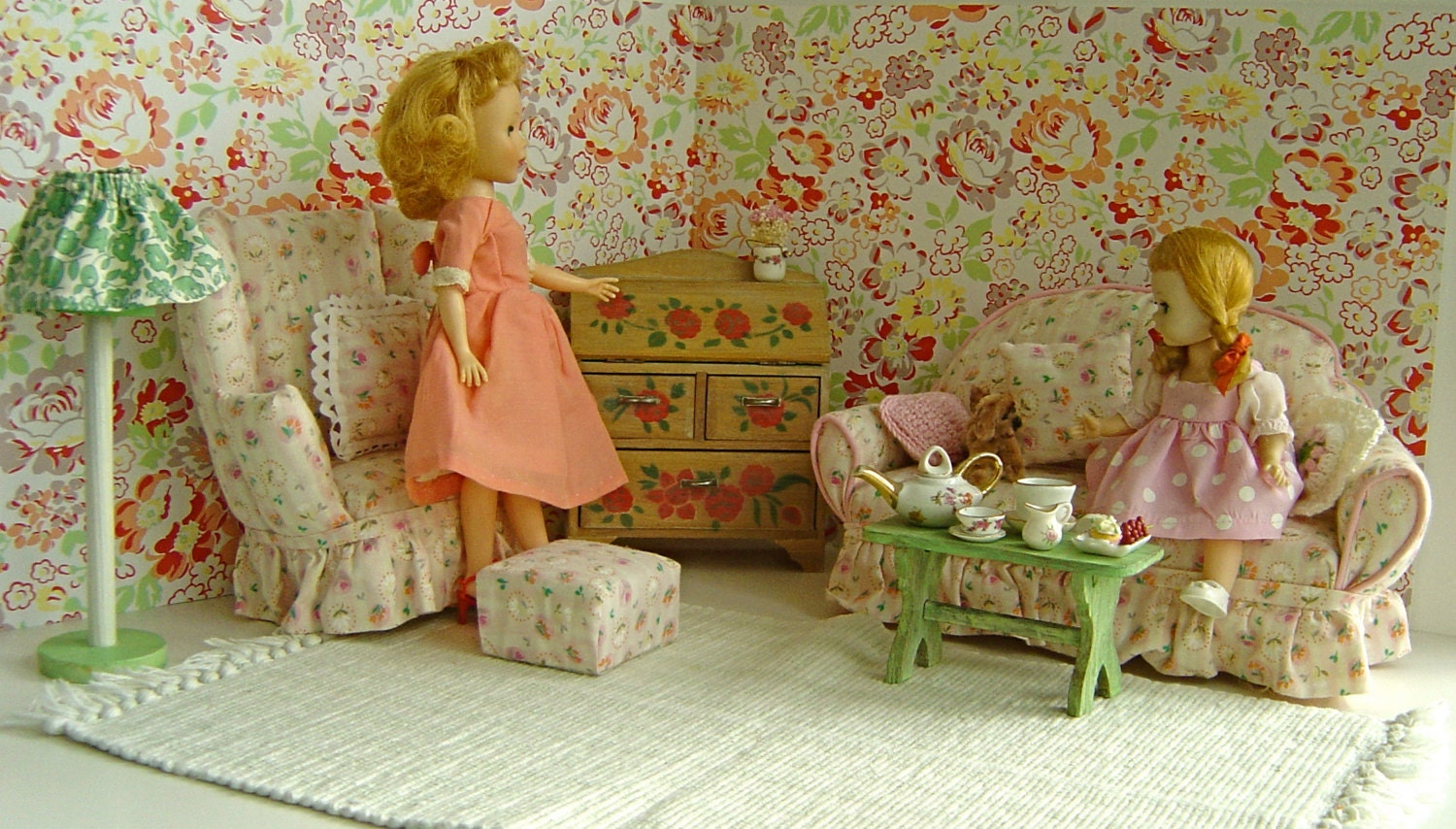 Vintage Doll Shabby Chic Pink LIVING ROOM for Madame Alexander, Betsy, Blythe, Bratz, Ginny, Patch, Pepper, Riley Kish, Jan, Jill, Toni