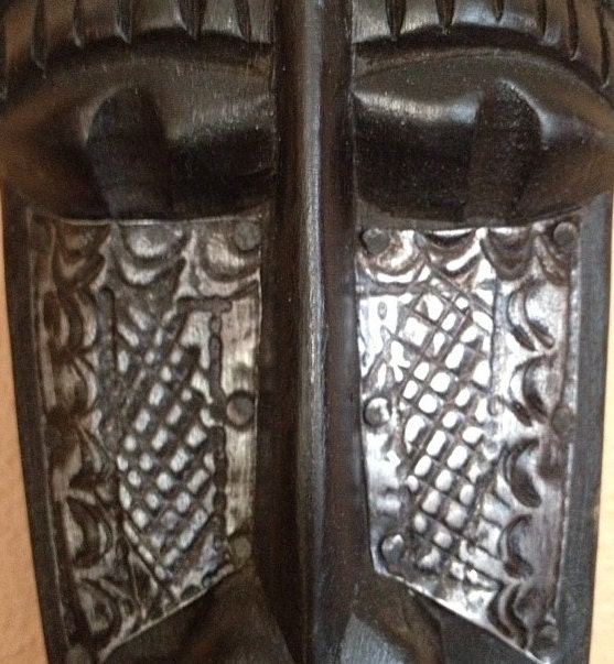 African masks african mask hand carved in ghana for Interior decoration ghana