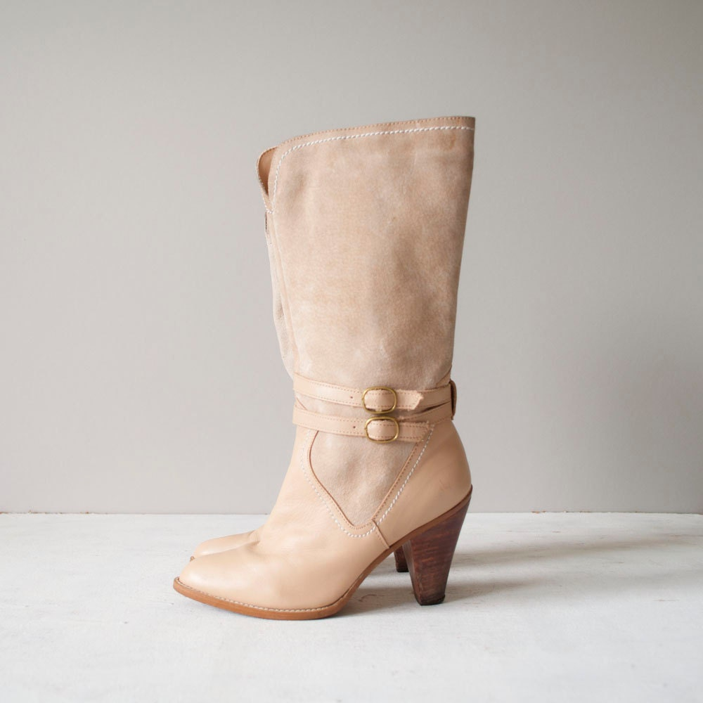 Vintage Ankle Strap Boots / Cream Leather / Mid by MariesVintage