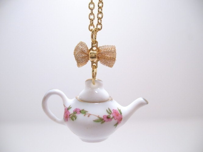 Rambling  Rose Porcelain Teapot Necklace