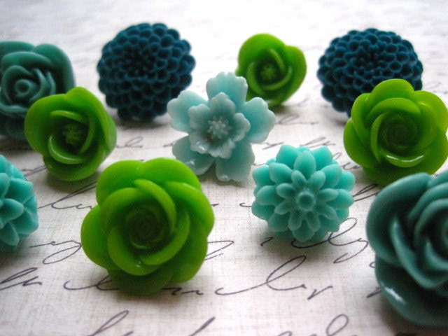 Flower Pushpins, Pretty Thumbtacks, Tack Set, Cute Office Supply, Perfect for Gift Giving, Gifts for Her, Stocking Stuffer - theindoorgardenshop