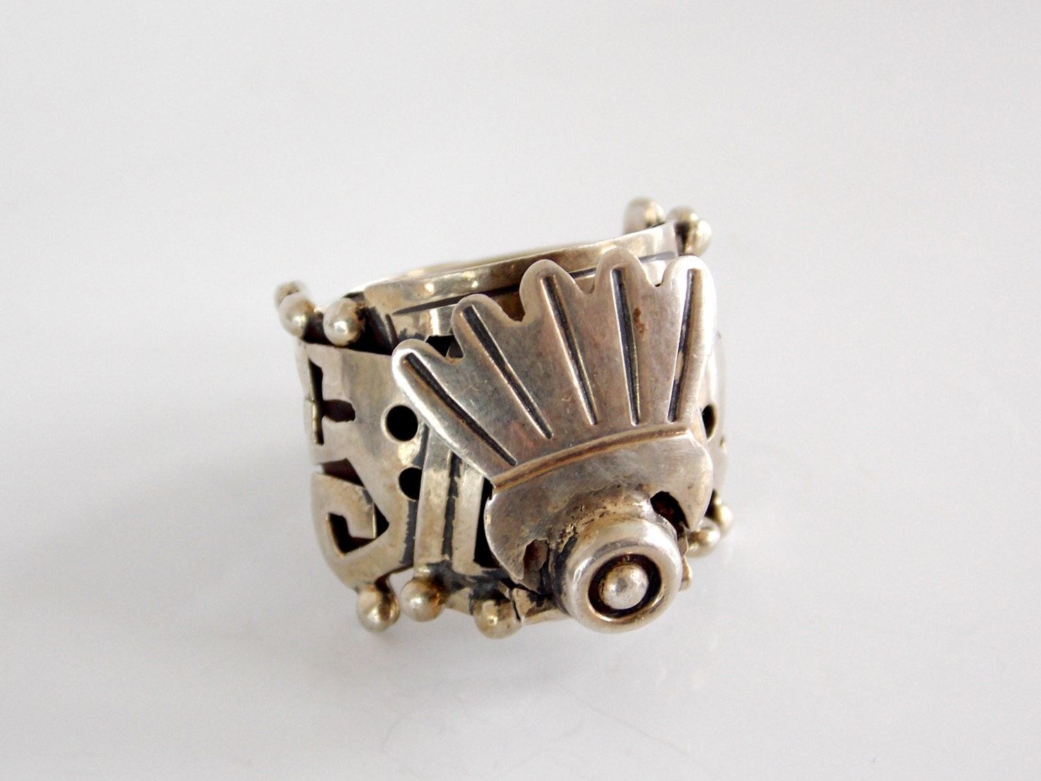 vintage mexican silver poison ring by thebutterflyboxdeitz