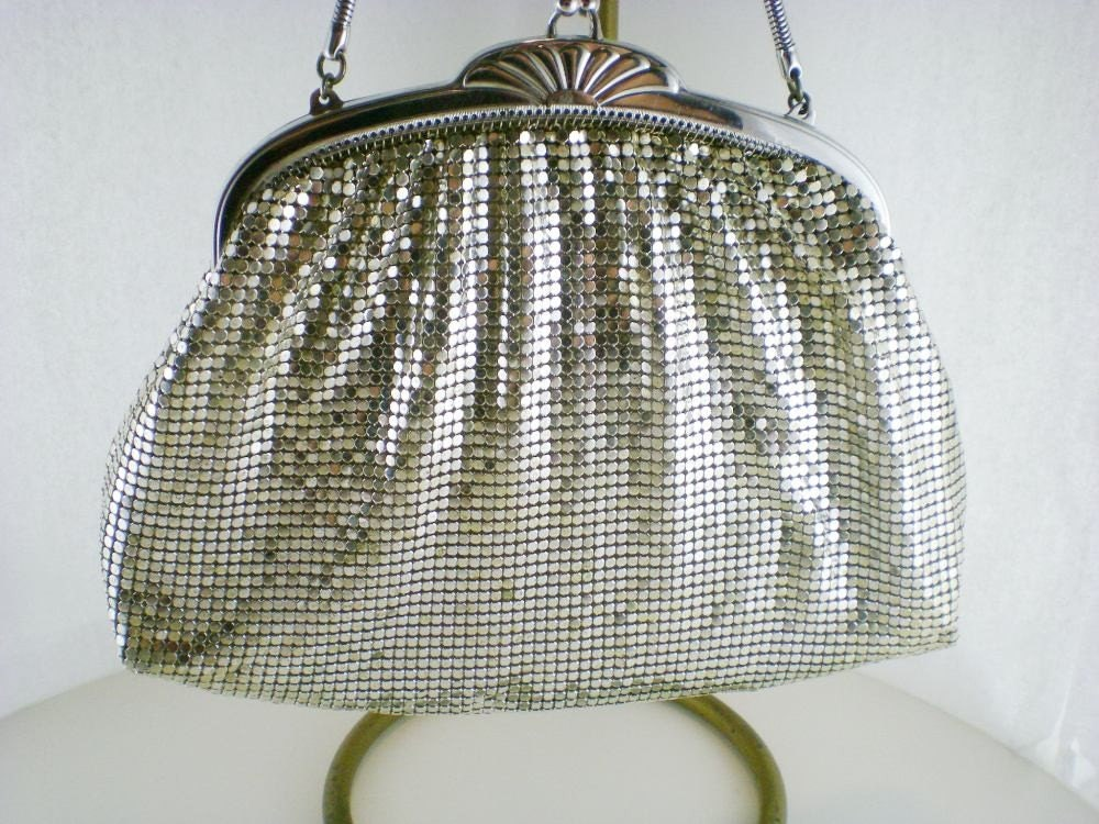Vintage Whiting Davis Silver Mesh Clutch Purse by paleorama from etsy.com