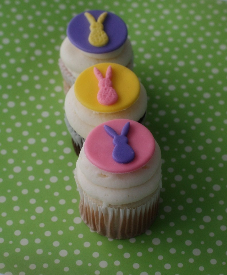 easter cupcakes fondant. Fondant Easter Bunny/Rabbit