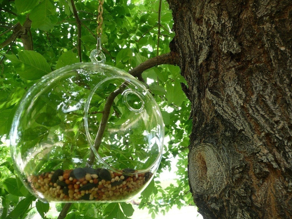 MINIMALIST Bird Feeder