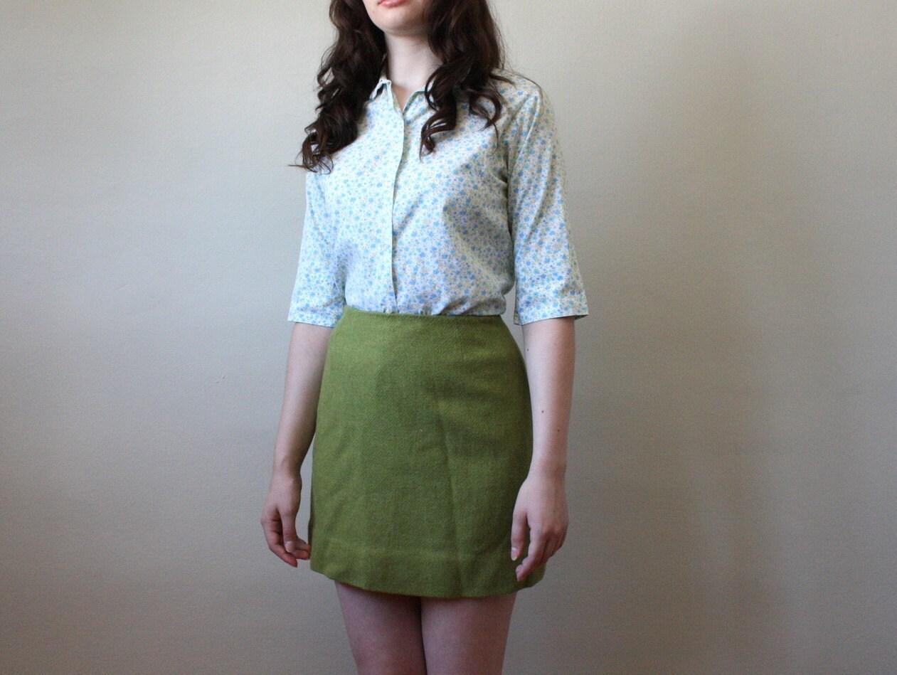 vintage 1960's forest green mini skirt