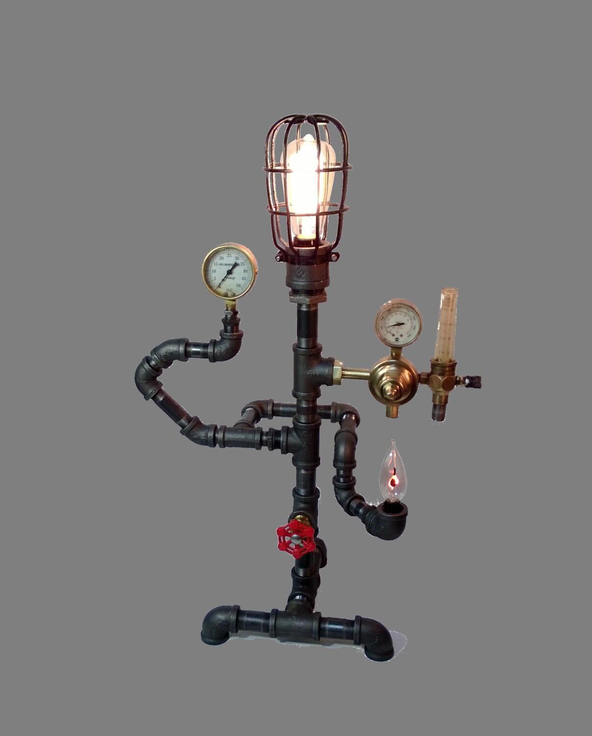 A custom-made steampunk lamp - PipeLightArt