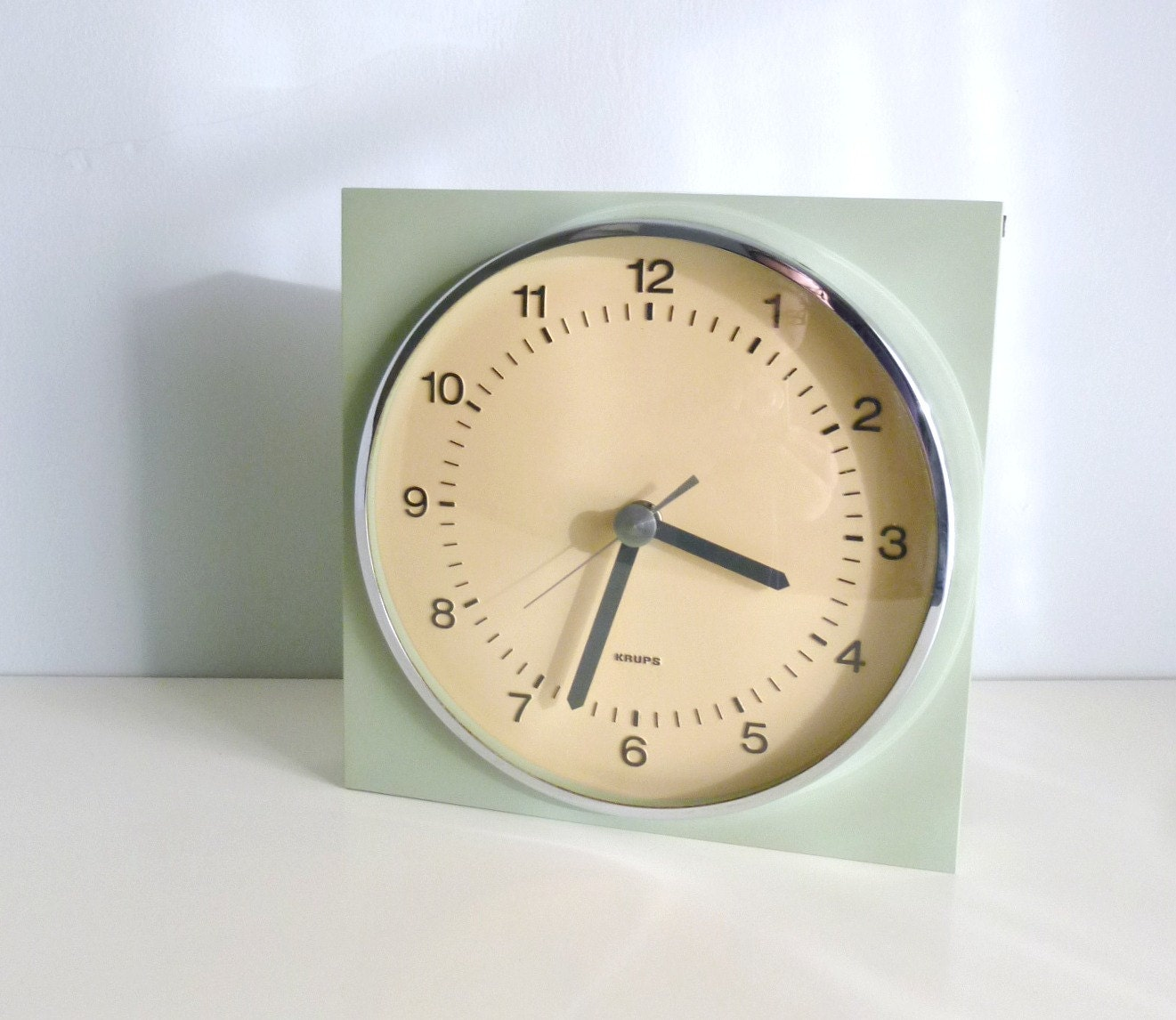 Mid Century Modern Wall Clock - Mint Green, Sage, Aqua - Minimalist - KRUPS Germany - Mad Men, 1960's, Eames Panton Era, Spring - mungoandmidge