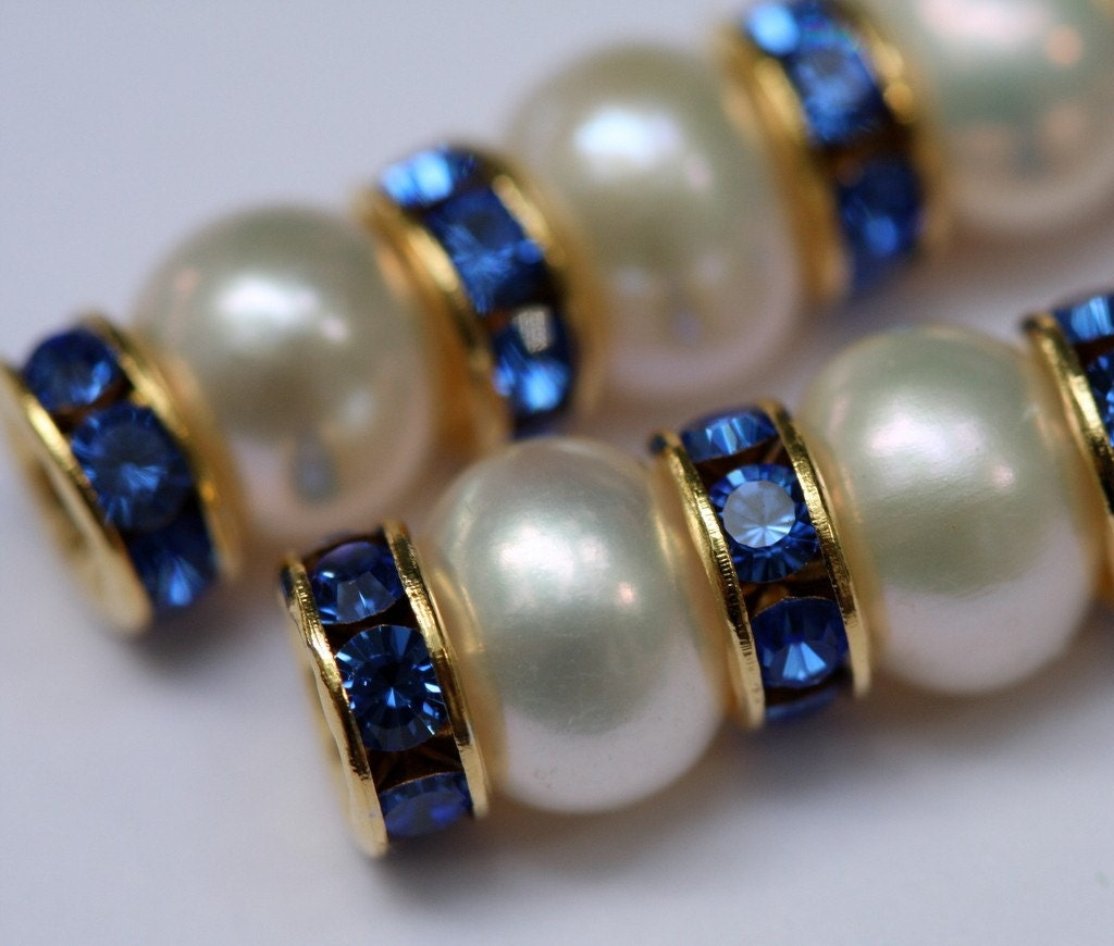 Fresh water pearl earrings with gold-plated Swarovski Sapphire rondelles (long)