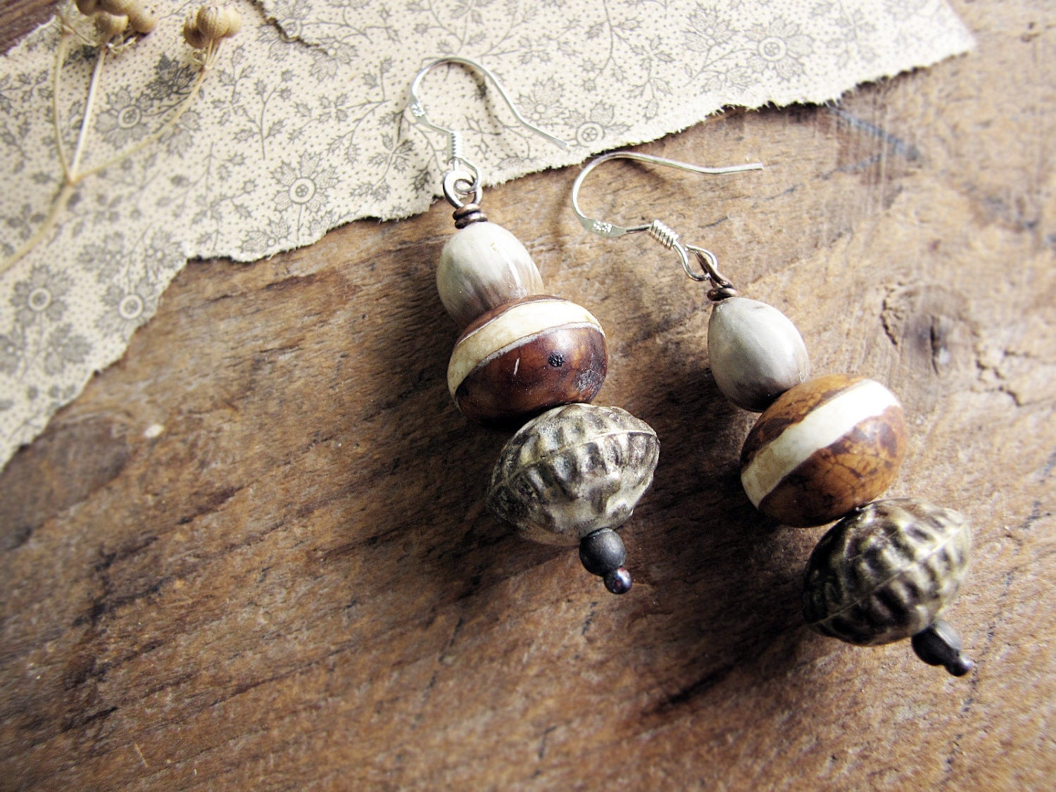 Willendorf - primitive romantic earrings - vintage beads - tribal rustic