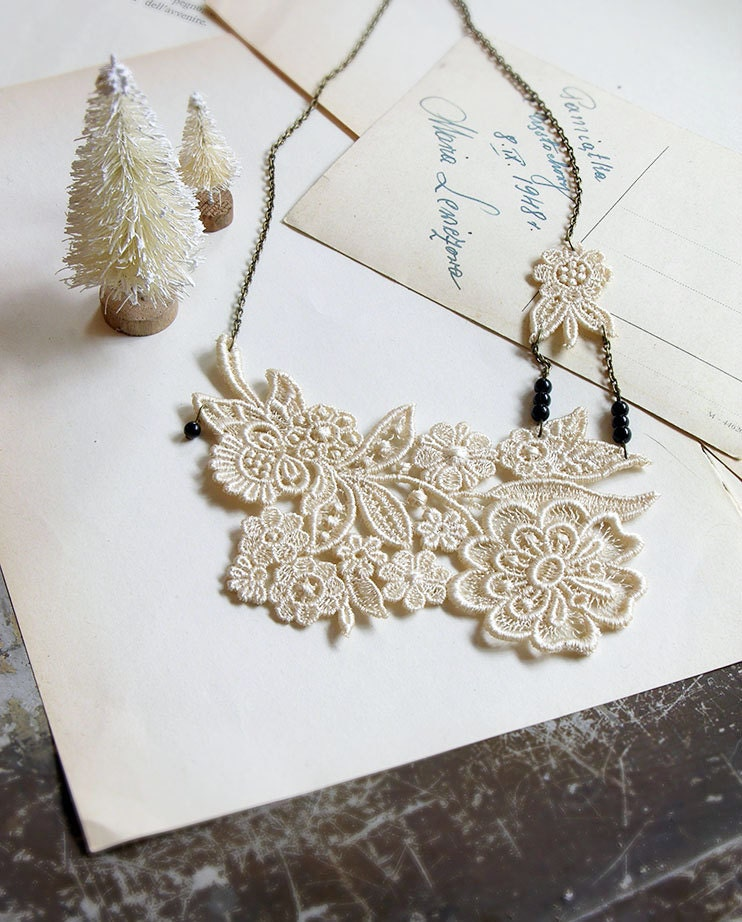 lace necklace - JULIET - wedding - bridal - floral - ivory- winter - holiday - gift for women - christmas - whiteowl