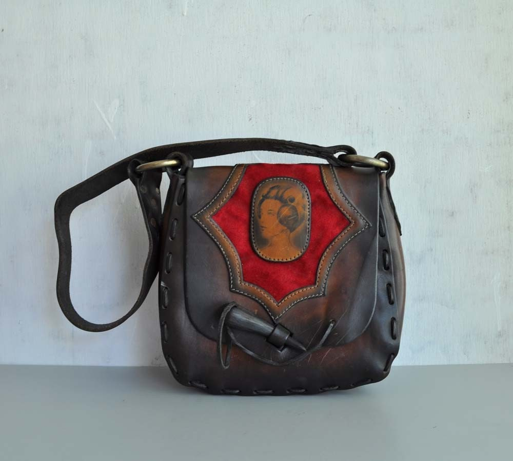 Vintage 70s CAMEO Boho Leather Bag by MariesVintage on Etsy