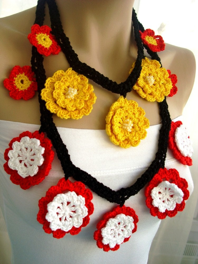 Handmade Crochet on Etsy - ETHNIC FLOWERS COTTON CROCHET NECKLACE - FREE SHIPPING by haticenevin from etsy.com