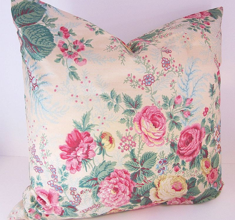 Shabby Chic Cottage Pink Roses Pillow Cover by DesignerPillows4U