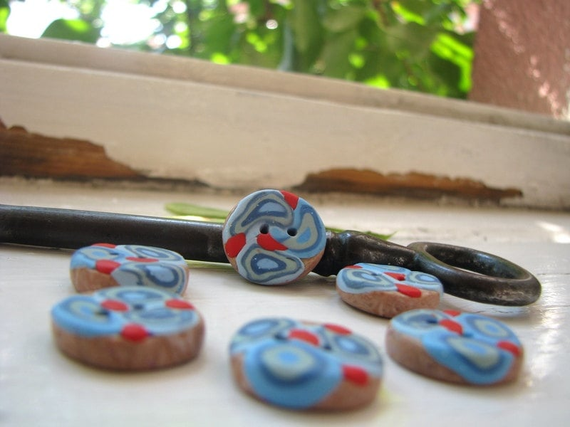 Round buttons in light blue, dark blue, turquoise, gray blue with red dots - set of six rustic buttons