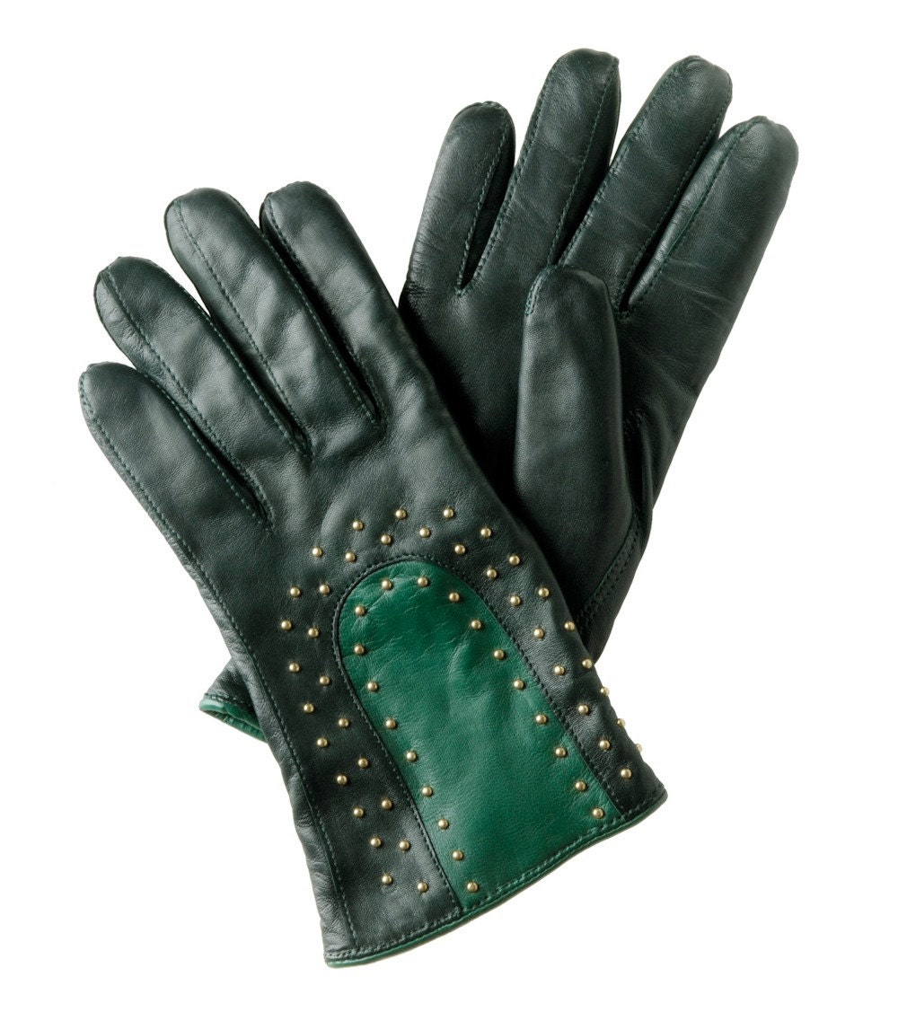 Woollined studded duotone gloves by juhaszdora on Etsy from etsy.com