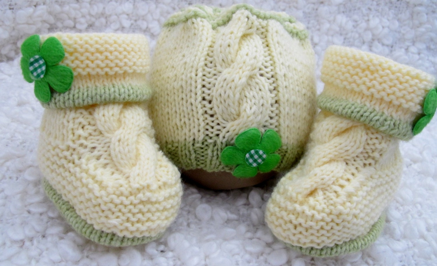 Hand Knitted Baby Booties  Matching Hat