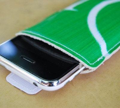 Eco Recycled Banner Casing - iPhone 3G / iPod touch / iPod No. 1