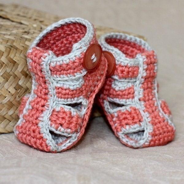 Zapatitos de bebé tejidos con gancho - Imagui