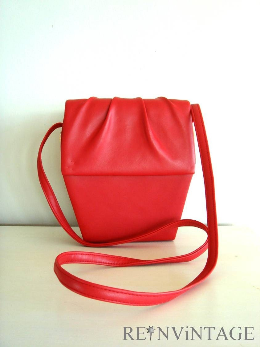 vintage RED CORAL leather purse purse