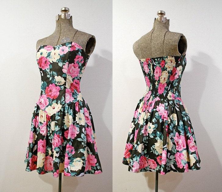 VTG 80's Smocked Black Floral Sweetheart Mini Dress S/M
