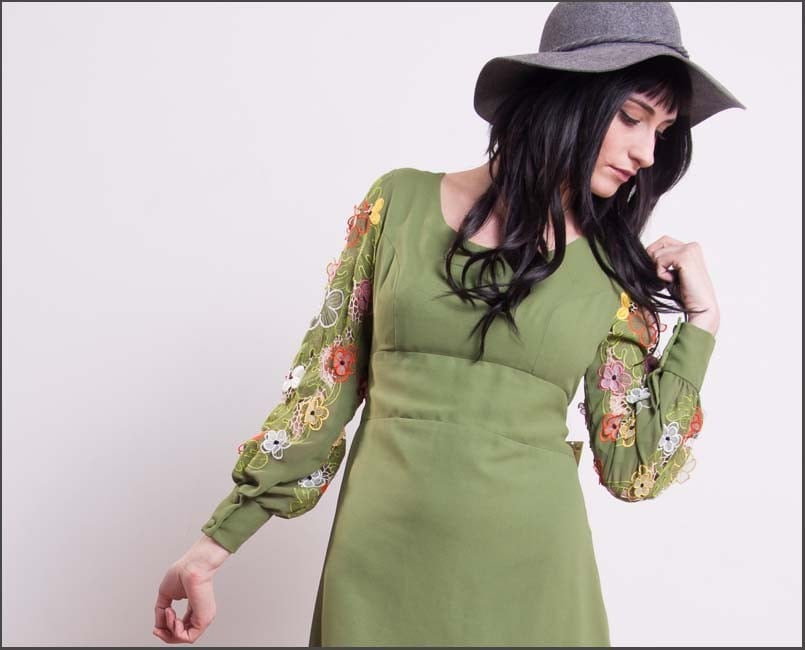 Avocado Flower Power Retro Asian Embroidered Floral Mod Boho Dress--Small.