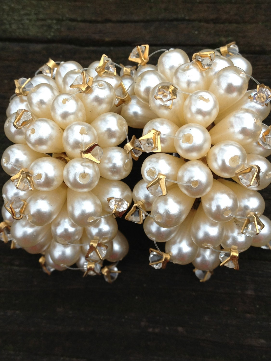 Vintage pearl cluster and rhinestone clip on earrings