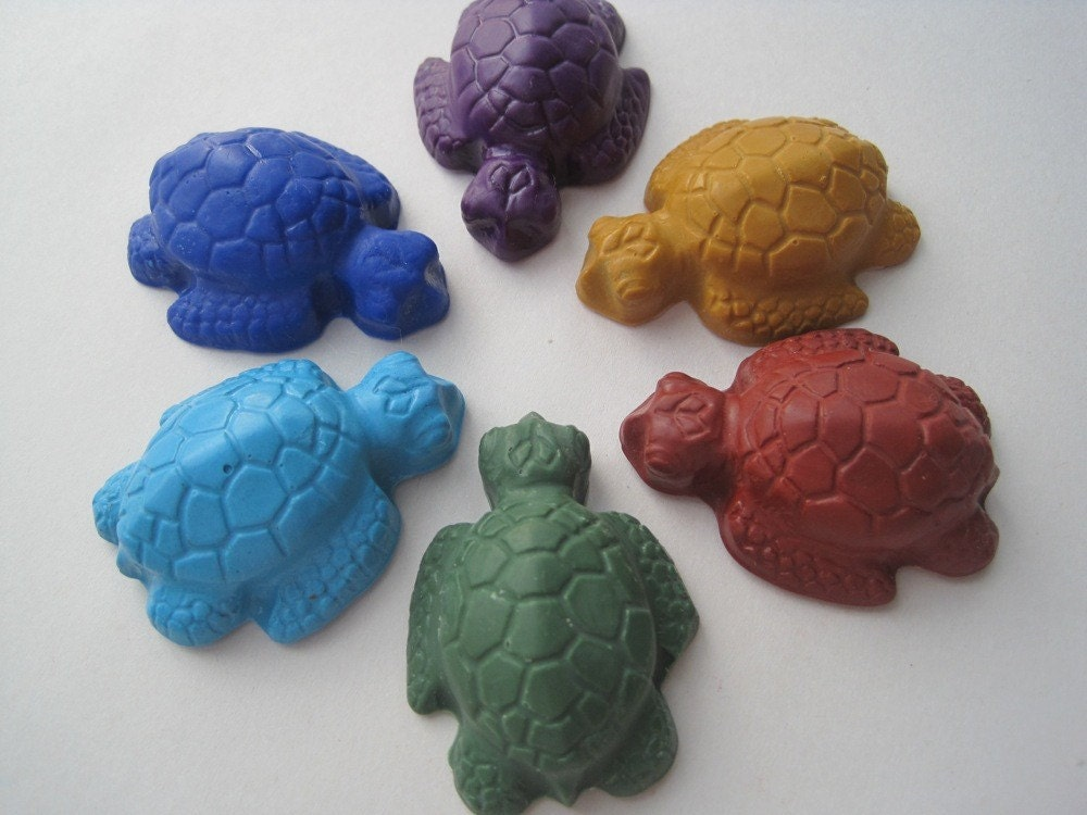Sea Turtle SOY CRAYONS - Handmade, All Natural, Biodegradable (Set of 6) Green, Red, Gold, Blue, Turquoise, Purple