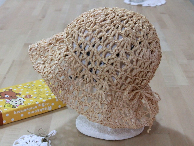 Lace Eco friendly crochet summer hat - raffia yarn - fiber plant