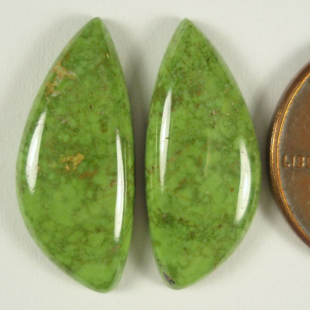 gaspeite 10 46 carats chartreuse green by movingrock