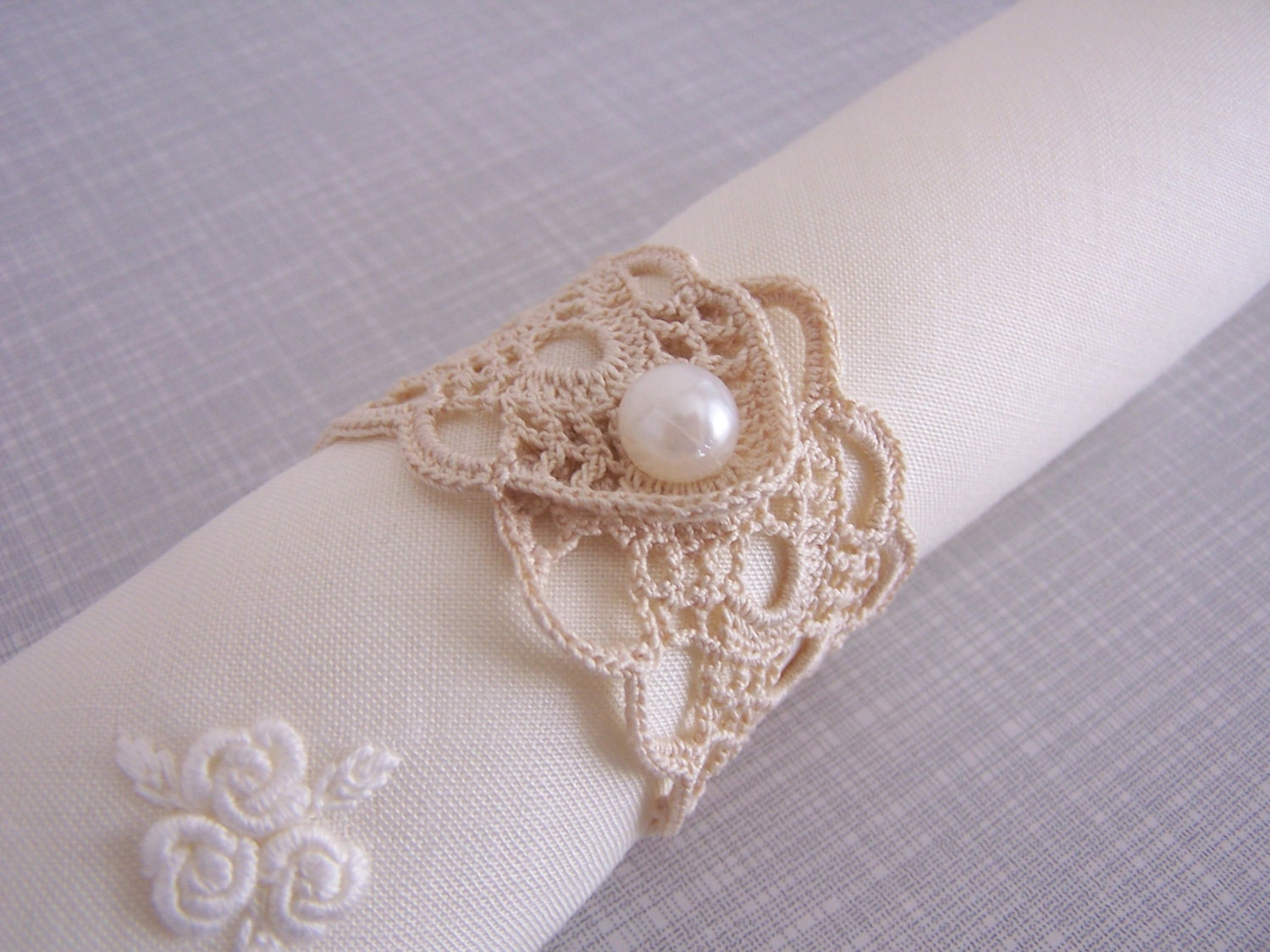 Crocheting Rings : crochet napkin rings by mehves1979 on Etsy