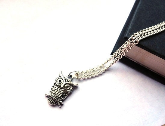 Owl necklace in Tibetan silver ... hoot, hoot